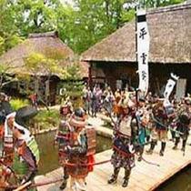 鎧武者や絵巻行列をはじめ、薩摩琵琶による「平家物語」の演奏や上臈参拝、太鼓演奏等も楽しめます。。。