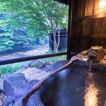遊び心いっぱい♪心も体も癒される【10種類の温泉天国】四季の風景を楽しめる・・・多彩な露天風呂。。。
