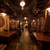 日本ならではの調度品の数々が風情を演出。古き良き日本を大切にしつつ、快適な空間を追求致しました。。。