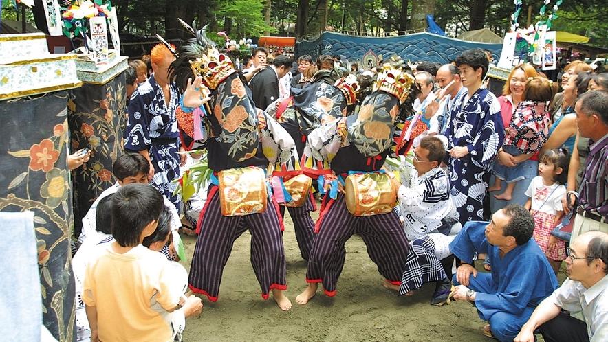 8月は400年代々続く先祖を祀る鎮守祭り~天狗の先導で獅子舞が奉納される:*:・( ̄∀ ̄)・:*: