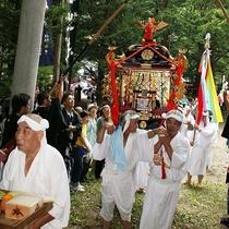 【湯殿山神社大祭】湯殿大権現の総称で修験道の山であった!! 獅子舞は継承され信仰は今も変わりません!