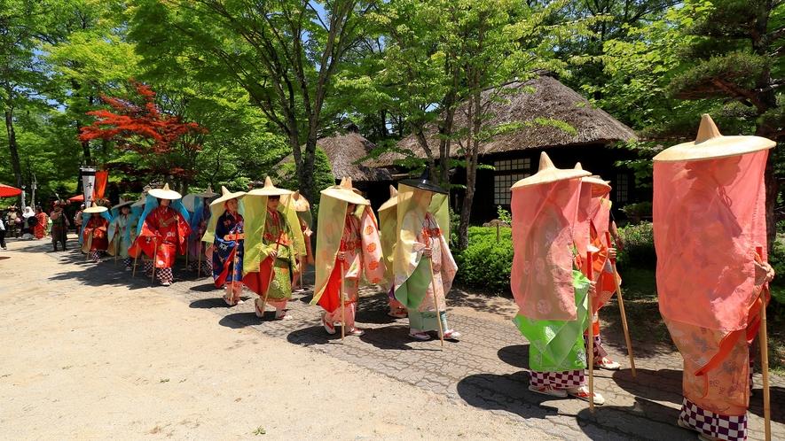 湯西川の一大イベント平家琵琶や雅楽など催しが繰り広げられ、平家の荘厳なロマンがよみがえります。。。