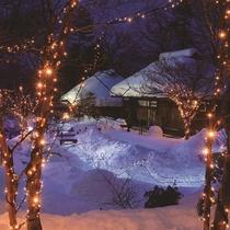 【かまくら祭り】(^^♪冬の夜だけ出会える感動絶景!幻想的な極寒の世界へ♪イベント盛りだくさんです!