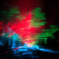 ダイナミックな音響とレーザーが織りなす幻想空間が出現します!!神秘的な天からの贈り物は必見です。。。