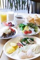 朝食新メニュー盛り付け例
