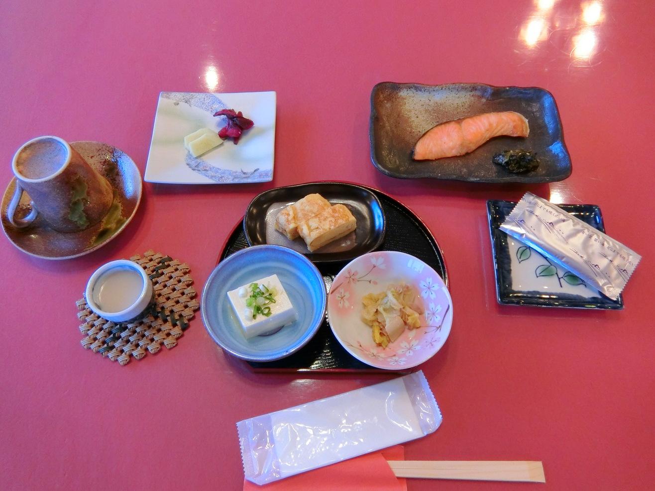 朝食の一例