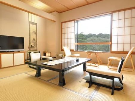 《松風亭》那珂川を望む新館 和室10帖