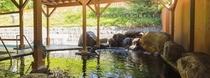 ユンニの湯露天風呂