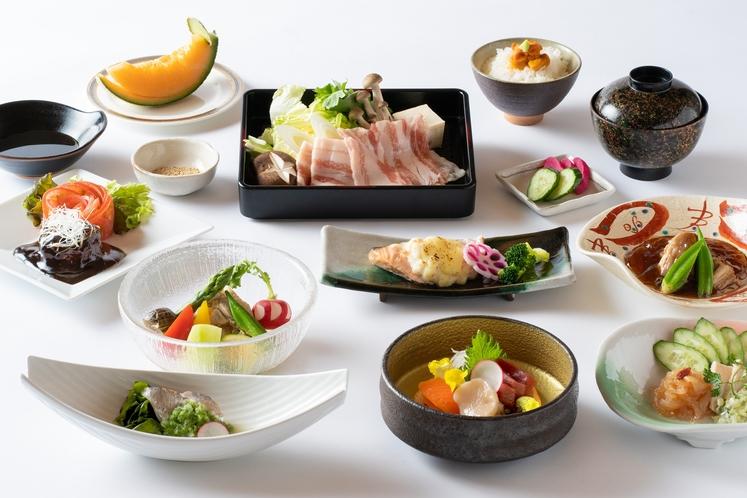 季節毎に変わる和食会席膳の一例(夏)