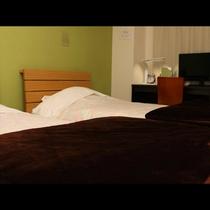 ~ 本館Twin room ~広々としたお部屋で快適なお時間をお楽しみ下さい♪