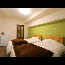 ~ 本館Twin room ~ お二人で広々と使用できるお部屋です♪