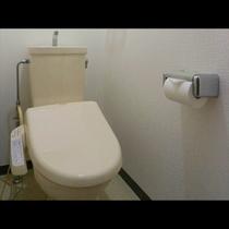 ~ 本館Twin room ~ ウォシュレット付きの個室トイレ