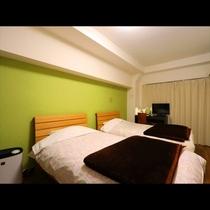 ~ 本館Twin room ~ お二人で広々と使用できるお部屋です