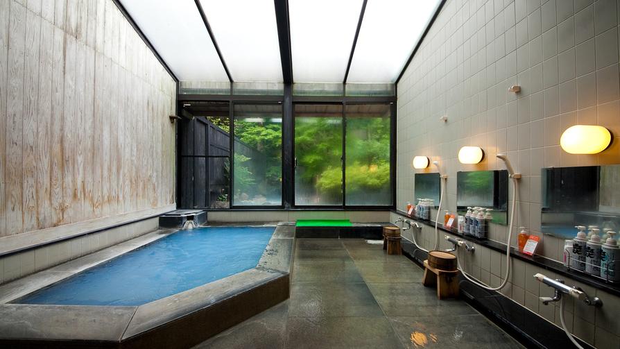 【泰葉自慢の青湯】露天風呂・大浴場