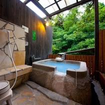 【母屋】1階客室露天風呂