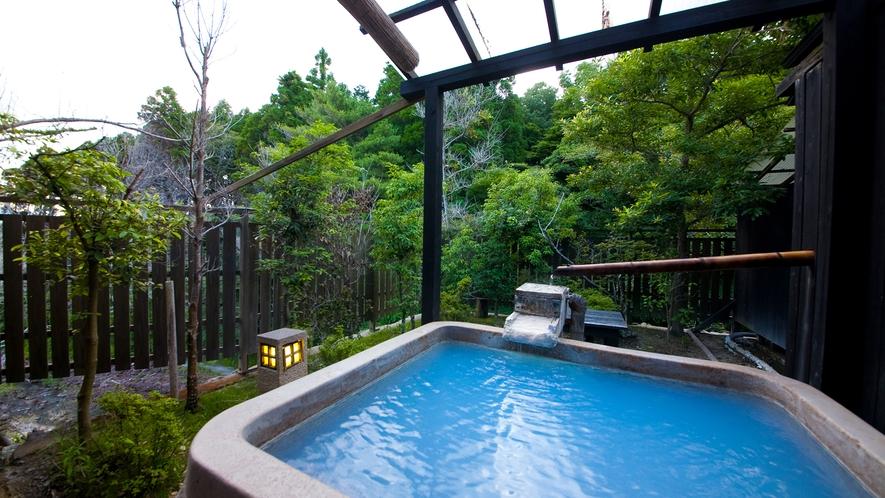【離れ】12畳和室の露天風呂