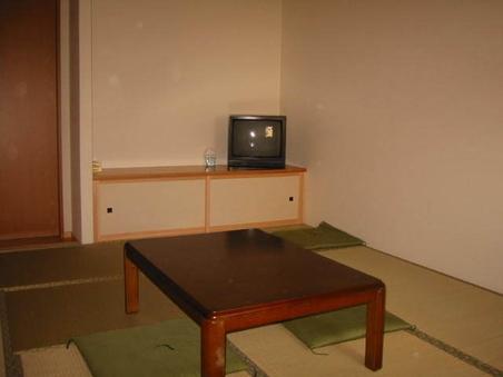 和室ツイン、 全室バス又は、洗面トイレ付きです。