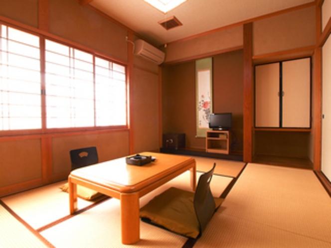 お部屋はすべて、和室です。 ごゆっくりお寛ぎください。