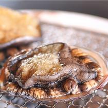 天然の良質アワビを、お造り・踊り焼き・バター焼き・天ぷらと、あなたのお好みで!