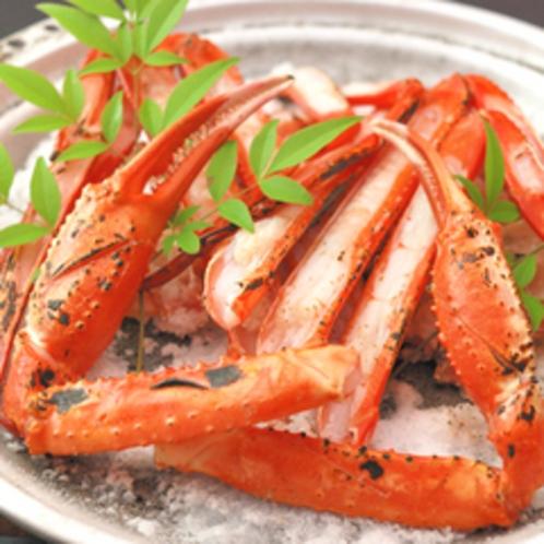 紅ガニの焼きガニの一例。 オリジナルの陶板焼きで!