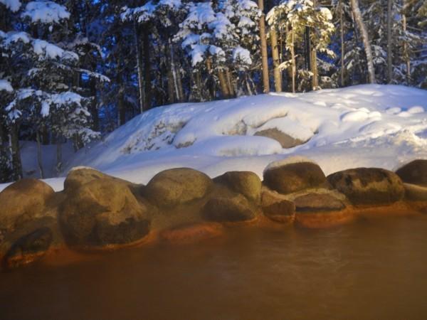 大浴場露天風呂からの雪見