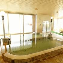 大浴場:大阪では珍しい天然温泉。色んな種類の温泉があります。