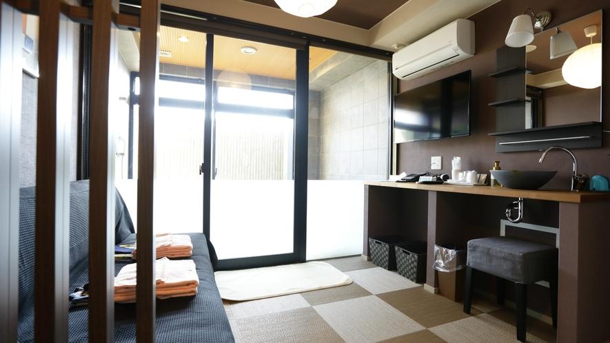 あすか貸切風呂・脱衣所もモダンな雰囲気でプライベート感を重視したお洒落なつくりになっています。