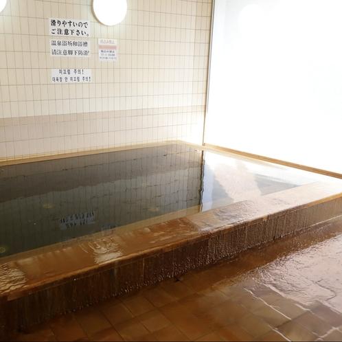 大浴場:ゆったり湯につかれば疲れを癒してくれます。