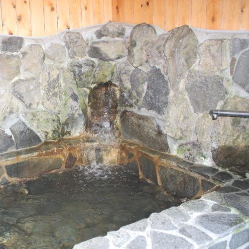 【bochi bochi】岩風呂(お風呂は24時間ご利用出来ます。)
