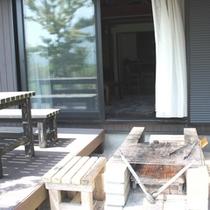 【hodo hodo】オープンデッキ、BBQ設備完備(使用無料)(一例)