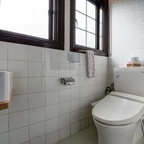 *【洋室ツイン:らんの間(38平米)】2階/お手洗い
