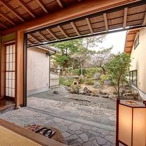 *【庭付き和室(14畳)】1階/お庭 ※一例