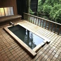 【貸切湯】ヒノキの貸切風呂