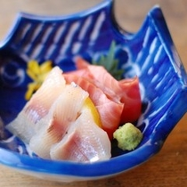 【夕食】川魚のお刺身二種盛り/例