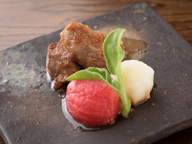 美味しい部位を厳選したステーキ