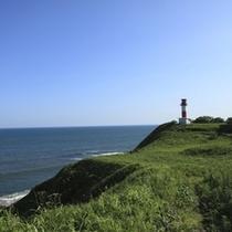 アヨロ海岸と鼻灯台