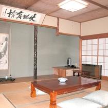 【部屋一例】和室10畳(福寿)/純和風のゆっくり寛げるお部屋です。