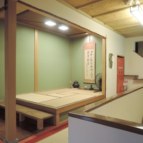 【施設】日本の古きよき文化のひとつであるお茶室「時忘れ」(当館2階)