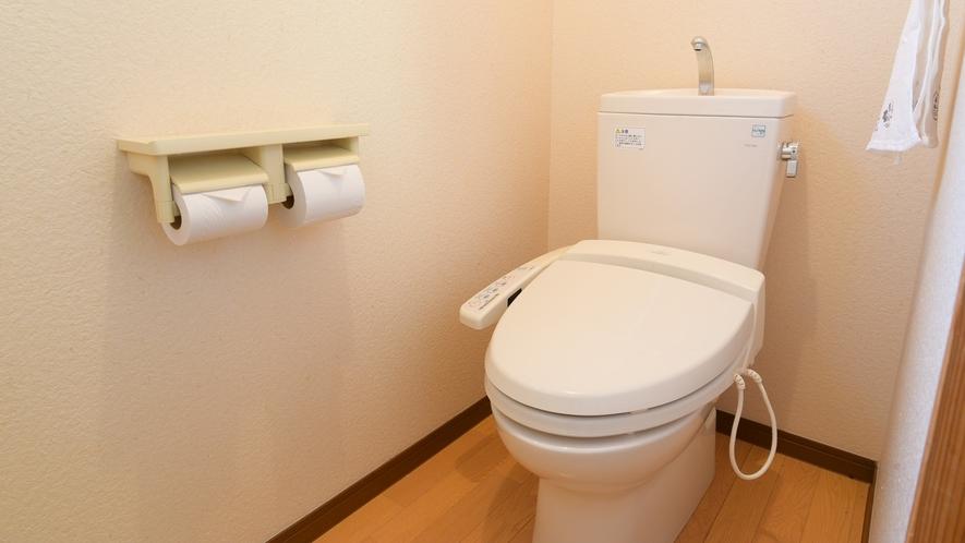 *共用トイレ(新館)