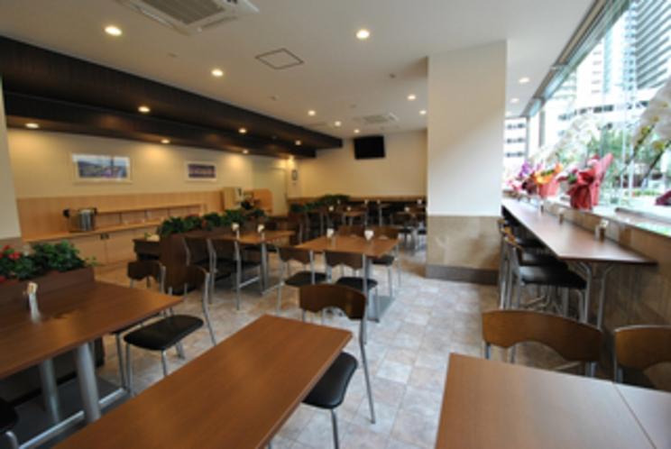 朝食レストラン 営業時間6:30〜9:00