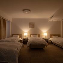 【禁煙】☆☆4ベッドルーム(家族室)<40平米>☆☆