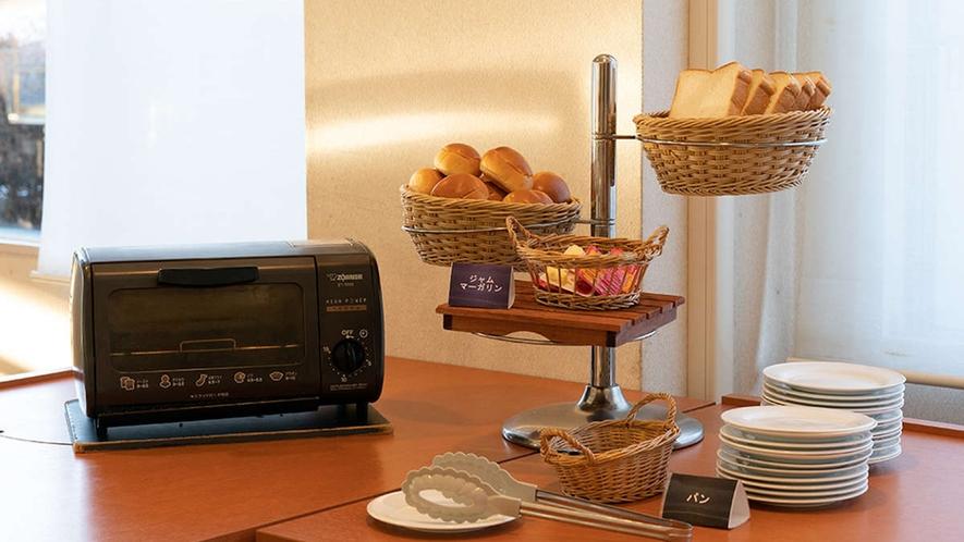 【朝食一例】ホテルブレッド