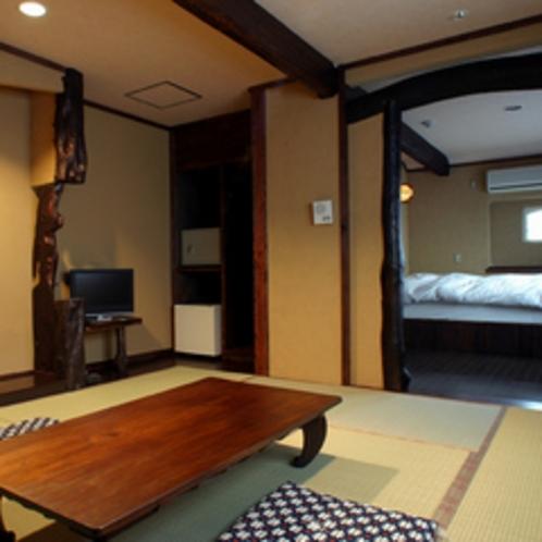 【客室】和室とベッドルームが分かれたダブルベッドの和洋室