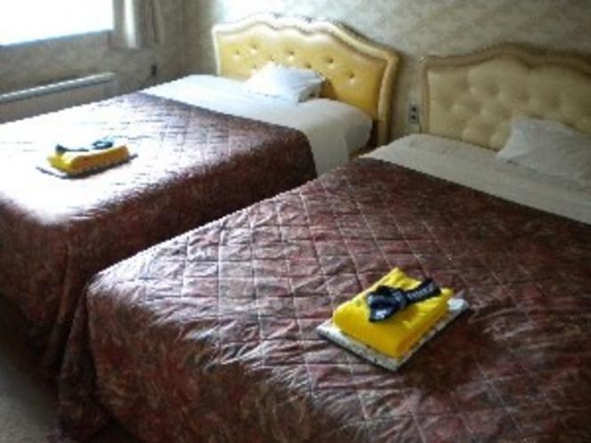 ツインのダブルベッド