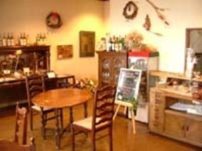 レストラン手前の洋室
