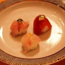 地魚手まり寿司