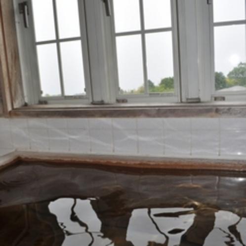 温泉ではありませんが、檜の香りに癒されます【和室檜風呂付特別室】