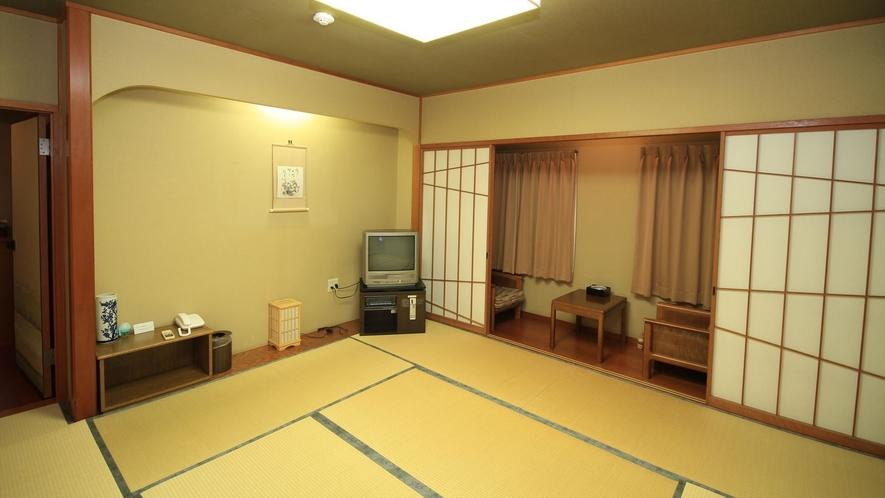 檜のお風呂が人気の和室特別室