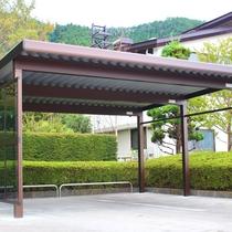 *バイク専用駐車場/屋根付きなので安心♪