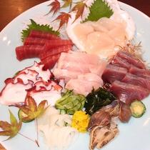 *お刺身7種盛/三陸の海の恵み、旬の鮮魚のお刺身をご堪能ください!※写真は2名様分です。